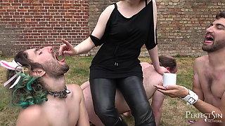 Little Break With Cigar - Relaxation for Mistress Rebekka