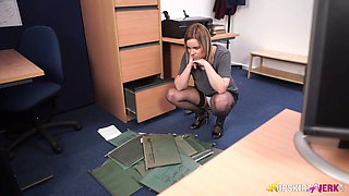 Nasty chick Anna Belle is masturbating her pussy in the office