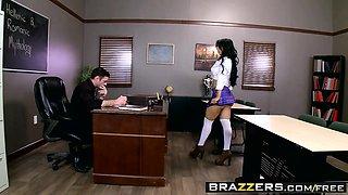 Brazzers - Big Tits at School - Valerie Kay C