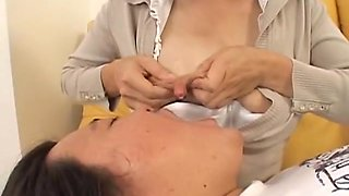 Play Four Breast-feeding Wife Breast Milk Collection