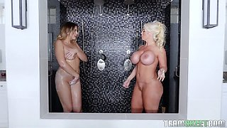 Fabulous big breasted Blair Williams spoons her lesbo in the shower