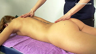 Nicole wet virgin young pussy massage