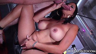 Busty milf Diamond Kitty simply cannot get enough cock