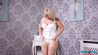 Plump blonde Lizzie takes off clothes and dances