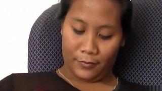 Von der Thai Stiefmutter zum Sex verführt